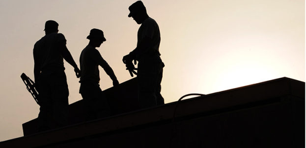 740x360workers-construction-site-hardhats-38293