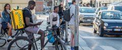 El Tribunal Supremo declara falsos autónomos a los riders de Glovo