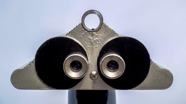 binocular-1966361_1920
